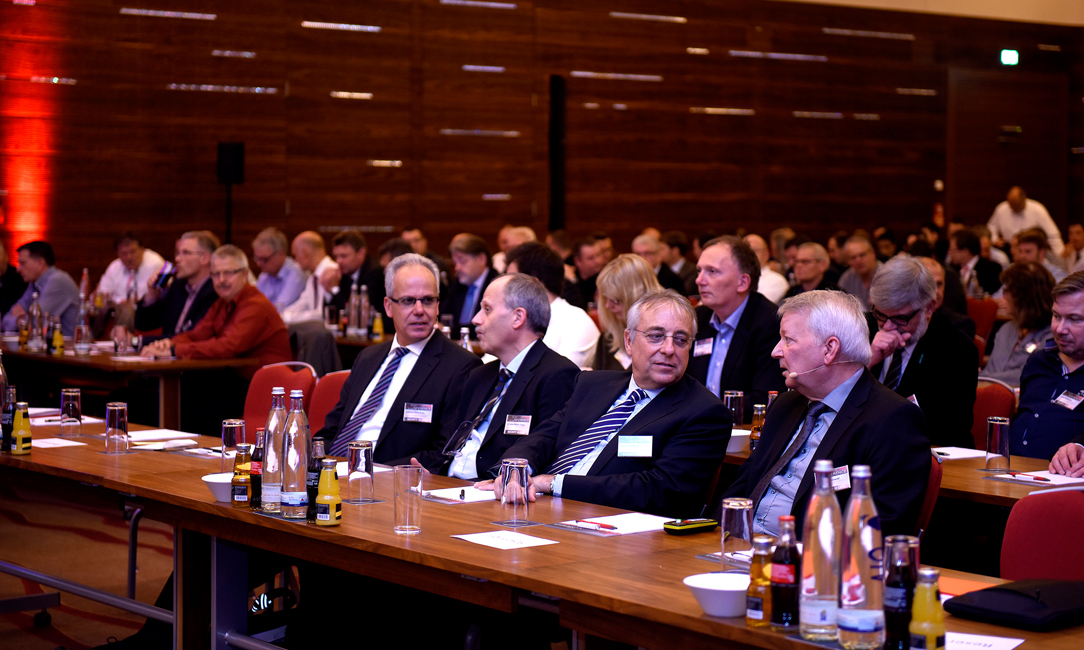 HAWKER TOP200 Conference – Die Tagung